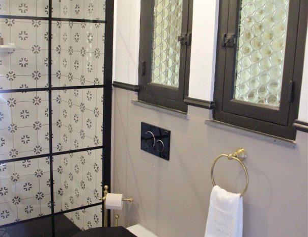Salle de bain de la chambre d'hôtes La Demeure