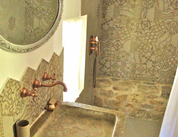 Salle de bain de la chambre d'hôtes Le Chai