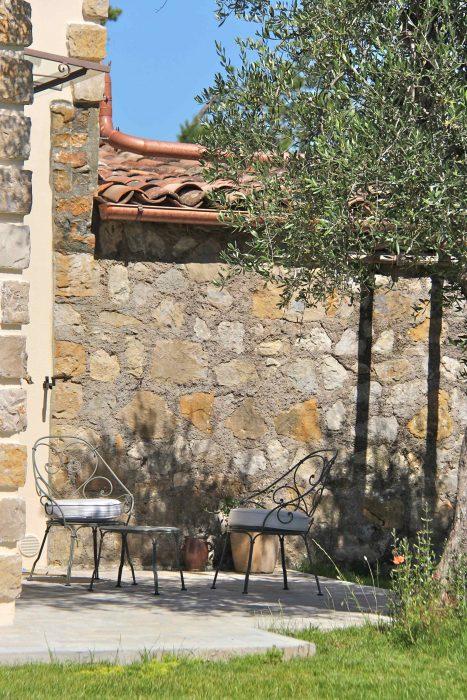 Terrasse privée de la chambre d'hôtes Le Jardin