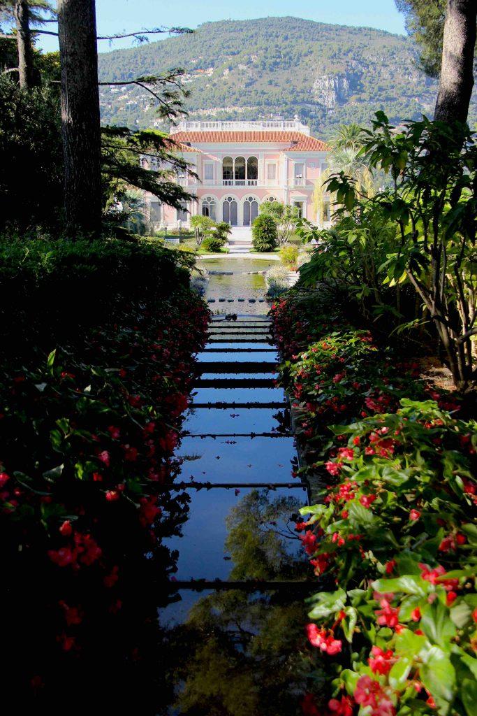 Villa Ephrussi de Rothschild depuis le promontoire du jardin