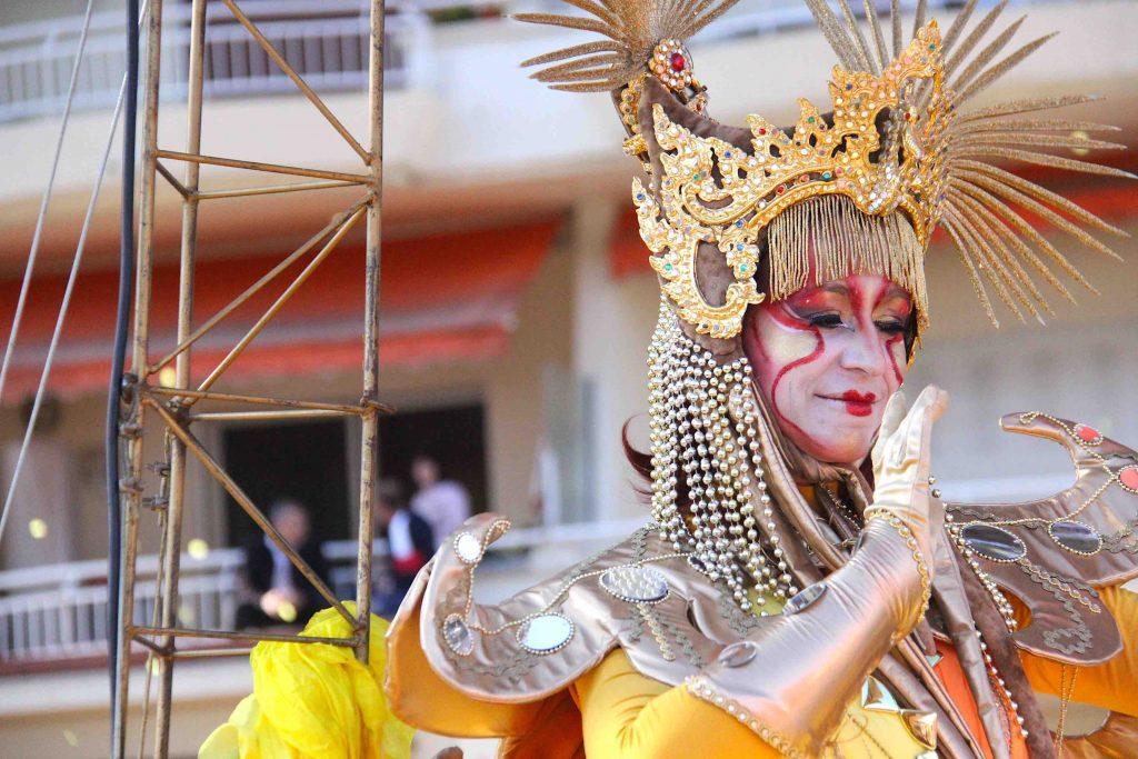 Costume fête du mimosa