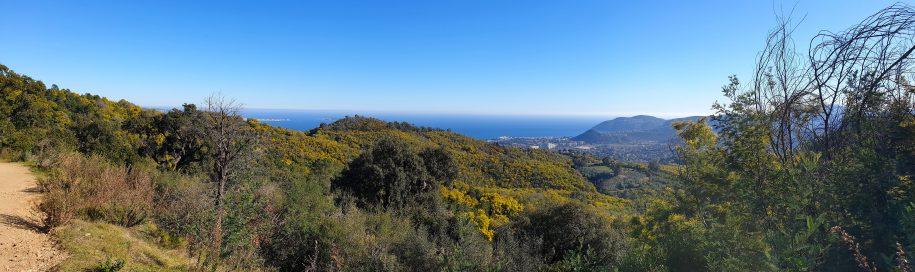 Panorama depuis la piste de Barbossi