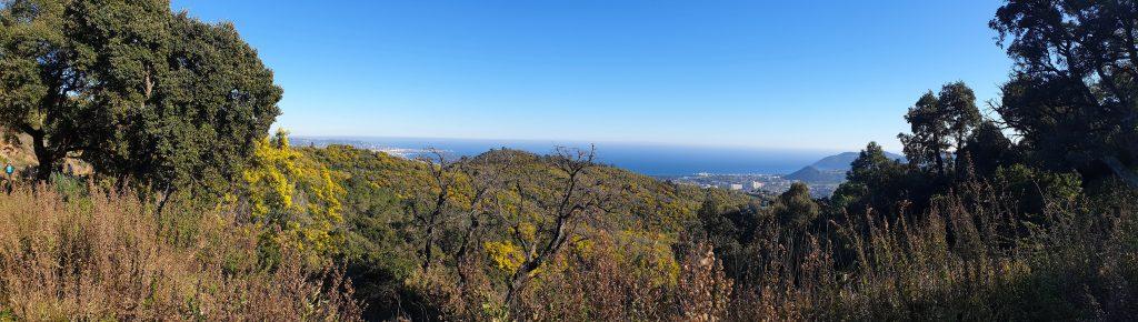 Panorama sur Mandelieu-Napoule et la baie de Cannes
